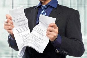 Как вернуть подаренную квартиру обратно дарителю: можно ли забрать назад дарственную на жилье, то есть отказаться от данного документа, а также как происходит отказ от дарения после регистрации?